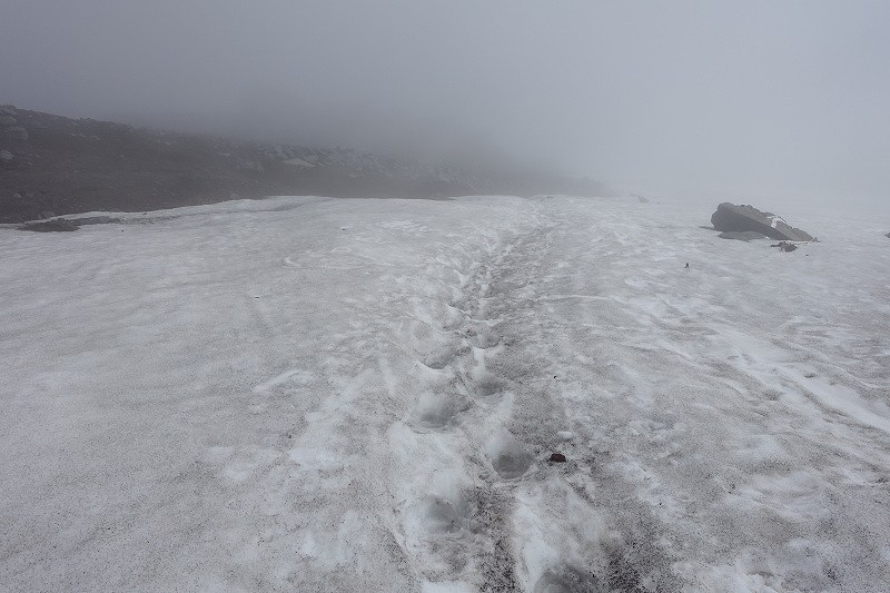 七合目手前の残雪2